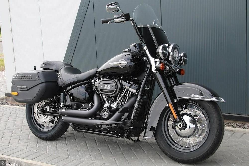 Harley-Davidson Heritage Classic 114 : présentation, fiche technique, prix