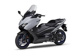 Yamaha TMAX 560 : présentation, fiche technique, prix