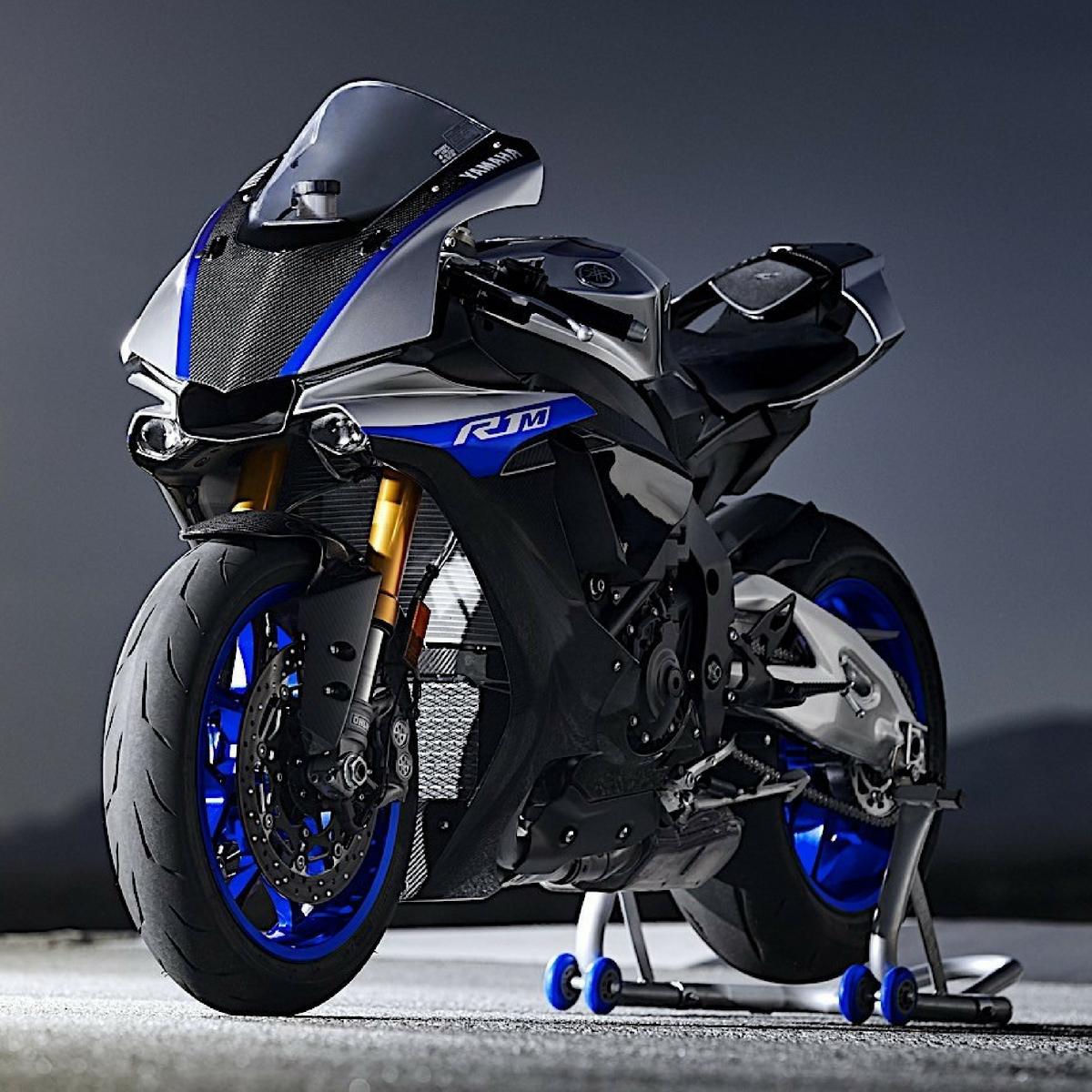 Yamaha YZF R1 M : présentation, fiche technique, prix