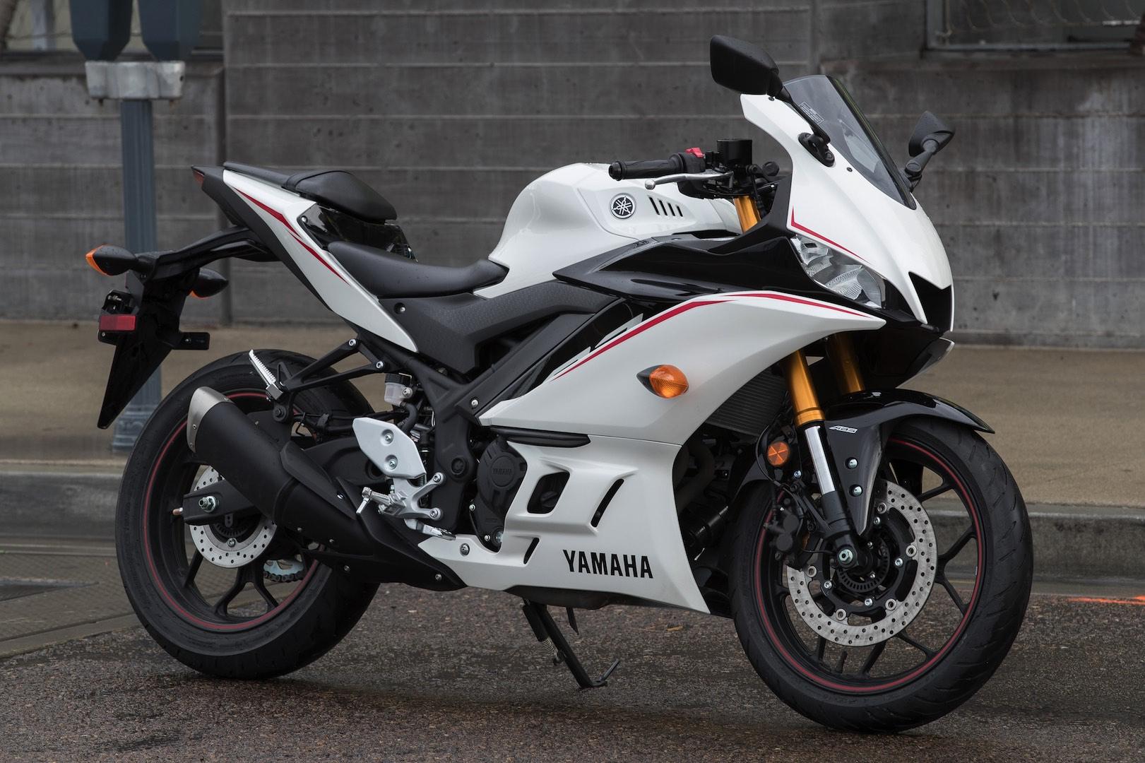 Yamaha YZF-R3 : présentation, fiche technique, prix