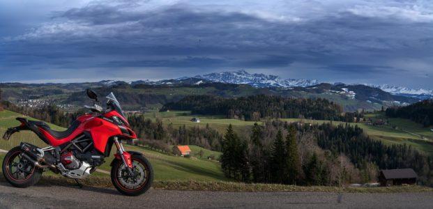 Quelle moto aventurière acheter : la liste des aventurières sur le marché